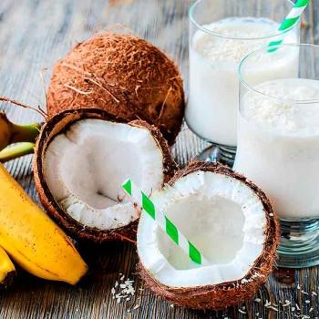 Batido de banana e coco