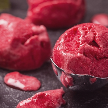 Sorvete de frutos vermelhos