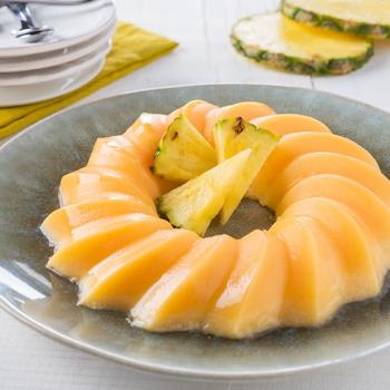 Pineapple bavarois