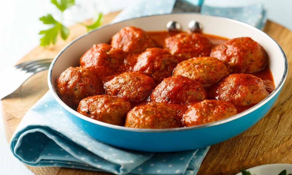 Tofu meatballs with tomato sauce